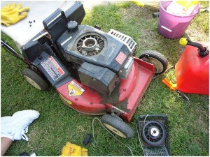 How to Replace a Lawn Mower Cord