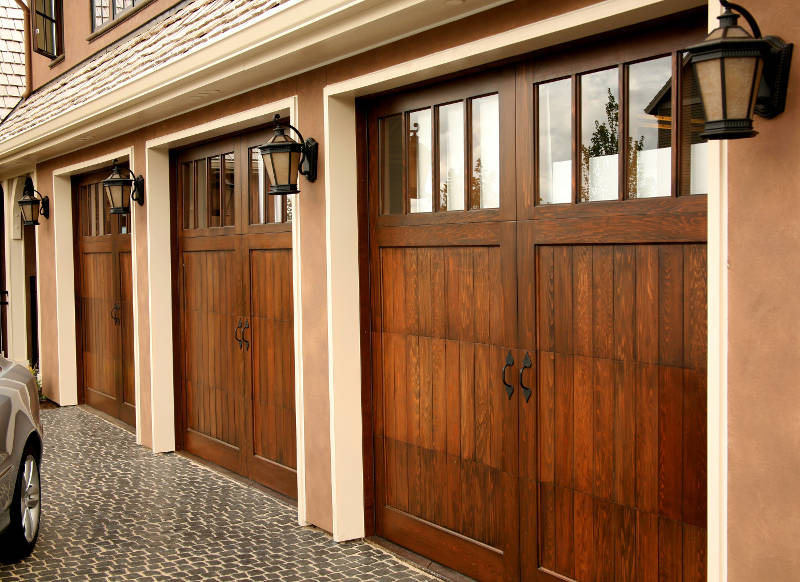 Which is better – two garage doors or a large double door?